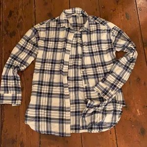 Old navy women's flannel shirt